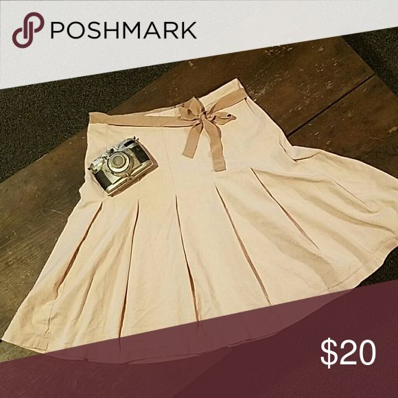 Gap skirt light pink with beige color tie, gap strech, pleated GAP Skirts Circle & Skater