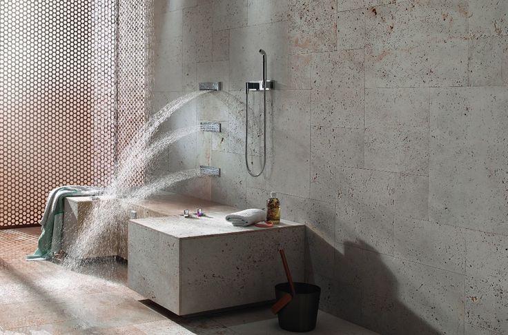 De comfort shower van Dornbracht geniet men zittend.