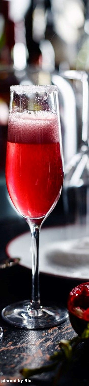Pomagranate Champagne l Ria