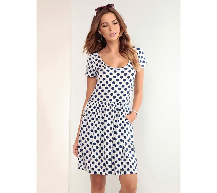 Puntíkaté šaty s krátkými rukávy | modino.cz #ModinoCZ #modino_cz #modino_style #style #fashion #dress