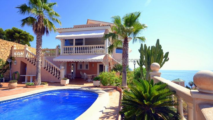 http://www.costacoveta.com/en-565_villa-el+campello-coveta+fuma.html #ElCampello #Alicante #villa #luxuryhomes #luxuryliving #beachfront