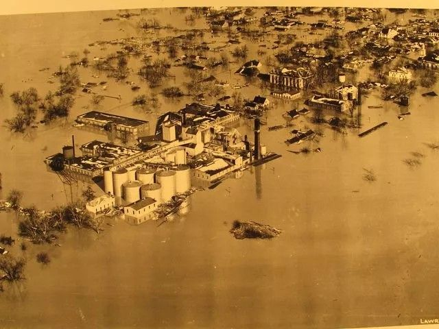 The city of Lawrenceburg, Indiana, across the river and upstream about a mile from Petersburg. Provided The city...more
