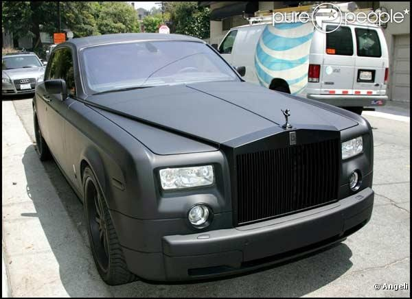 Bentley Phantom Noire Mat (Actress Lindsay Lohan's car btw)