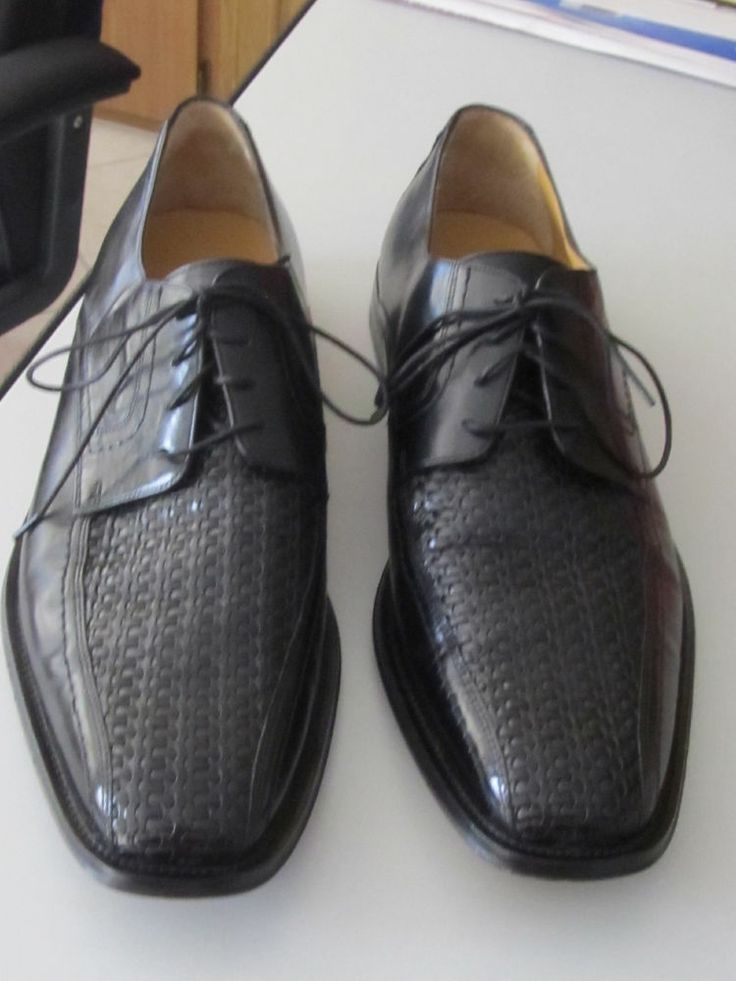 Men's Johnston and Murphy black leather woven lace up oxfords dress shoes  sz 12M- Sold