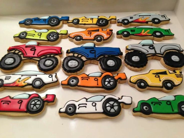 Carousel Cookies Mancera: race cars & monster trucks
