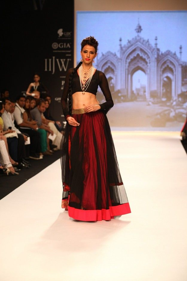 India International Jewellery Week 2013; Indian Designers, Summer chic #saree #indian wedding #fashion #style #bride #bridal party #brides maids #gorgeous #sexy #vibrant #elegant #blouse #choli #jewelry #bangles #lehenga #desi style #shaadi #designer #outfit #inspired #beautiful #must-have's #india #bollywood #south asain