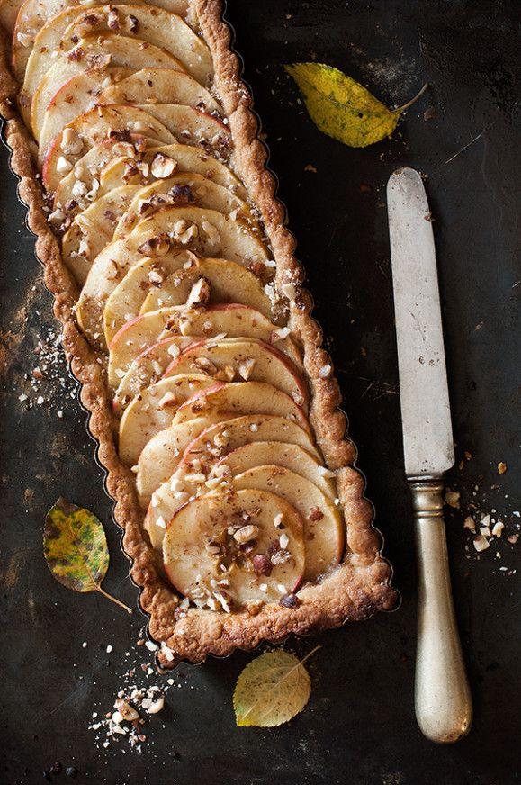 Tarte aux pommes caramel beurre salé / www.lacuisinedenathalie.com