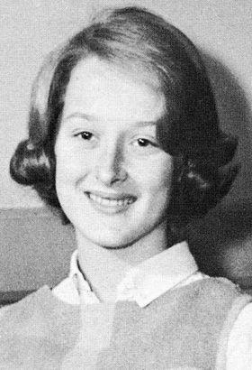 Actress Meryl Streep young photo  http://celebrity-childhood-photos.tumblr.com/