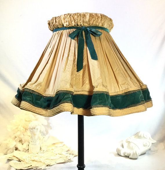Extra Large Vintage Pleated Silk Velvet By Theauthenticvintage Uniquelampshade Pleated Lamp Shades Lamp Shade Linen Lamp Shades