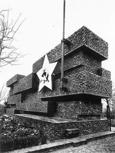 Mies van der Rohe, Monument to Rosa Luxemburg and Karl Liebknecht (1926)
