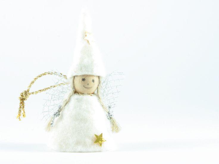 angelo bianco sorriso di Un Cesto di Gomitoli su DaWanda.com