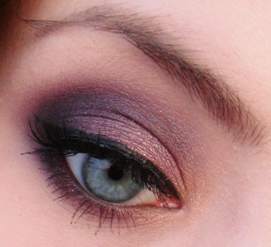 .Purple Eyeshadows, Purple Rain, Plum Eyeshadows, Eye Shadows, Beautiful, Sensuous Purple, Green Eye, Gold Eye, Makeup Geek Eyeshadows Looks