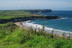 Paisaje costero de Irlanda del Norte
