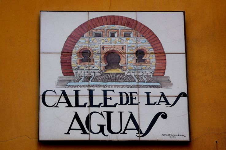 Calle de las Aguas ( Madrid )