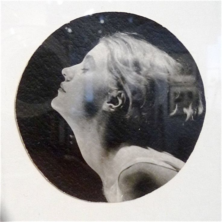 """MAN RAY, LEE MILLER 1930: all-around artist and war correspondant: """"lives and afterlives"""" is my favorite phrase in her son's biography about her."""