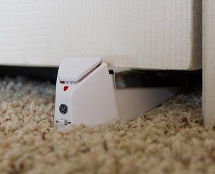 doorstop alarm #howdidilivewithoutthis #usb #computers #geek #gadgets #gadget #wires #apple #mac #ibm #windows #office #desktop #laptop #alarm #security