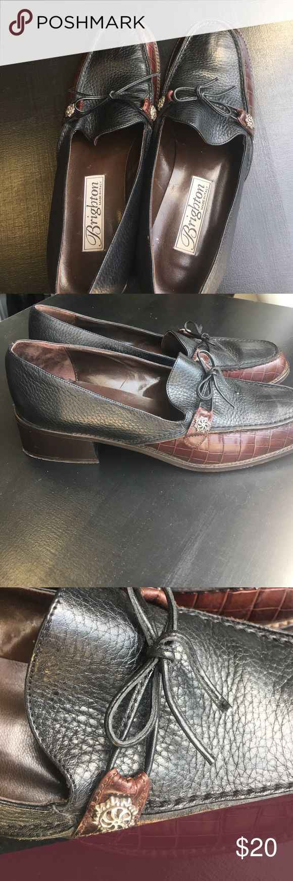 Ladies Brighton Leather Loafers. Gently worn. Size 81/2 Brighten Loaders. Black and Brown leather with front tie.  I only worn a few times as size was a little large. Purchased at the Brighton  store in Scottsdale AZ. Brighton Shoes Flats & Loafers