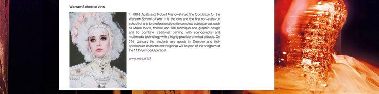 Na oficjalnej stronie SemperOpernball powoli uzupełniana jest lista artystów biorących udział w tegorocznej edycji balu. Wyższa Szkoła Artystyczna jest wśród największych gwiazd. Na drezdeńskiej scenie wystąpią m.in. tancerze z kabaretu Lido de Paris czy znamienita śpiewaczka operowa Joyce DiDonato!  http://semperopernball.de/en/programm/ Na zdjęciu praca naszej absolwentki: Katarzyny Markiewicz — z Kasia Markiewicz w Semperoper Dresden.