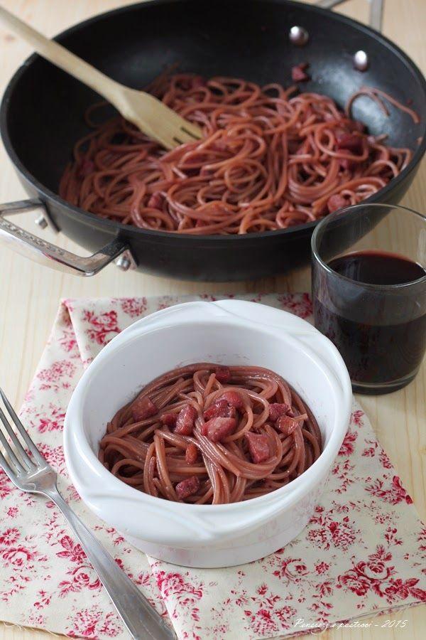 Spaghetti in padella, alla pancetta e vino rosso – Pensieri e pasticci