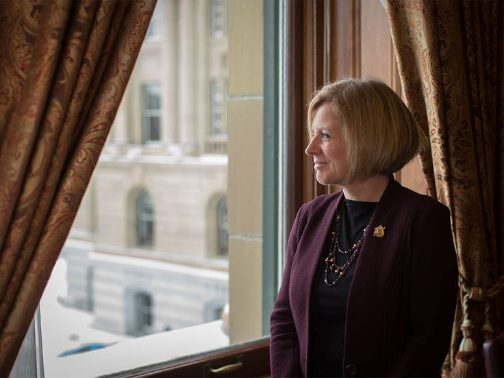 Latest nosedive in oil prices could expedite rebound, says Notley | Calgary Herald