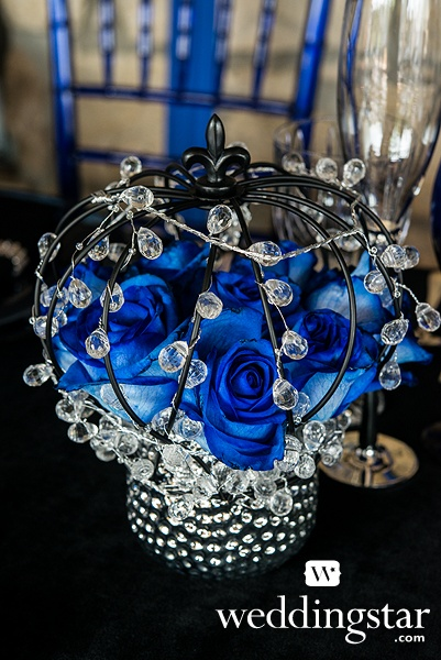 Royal Blue Wedding. Large Wire Crown Embellishment in Matte Black, Item 9191 {crown, royalty, regal, princess, Queen, King, #weddingcenterpiece}