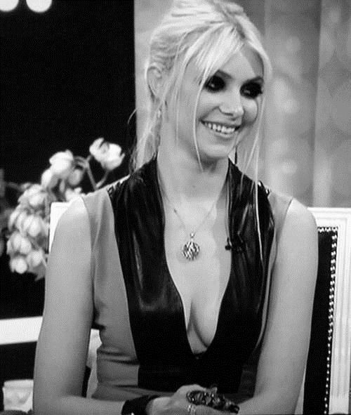 Taylor Momsen played Cindy Lou Hoo in Grinch. Would never have recognized her.