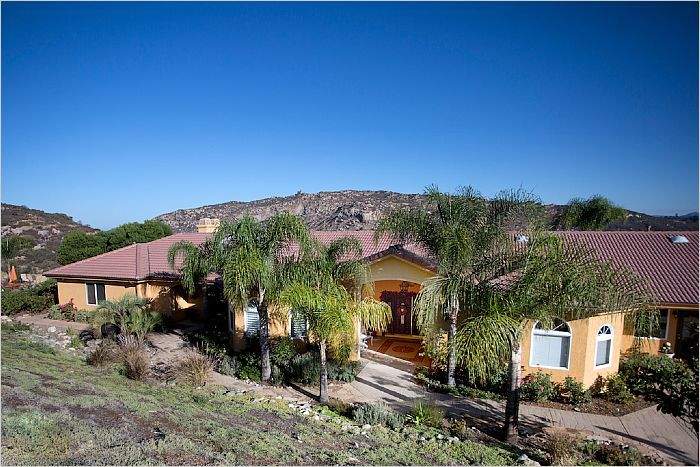 $959,900 - Escondido, CA Home For Sale - 9898 N. View Ct -- http://emailflyers.net/42079