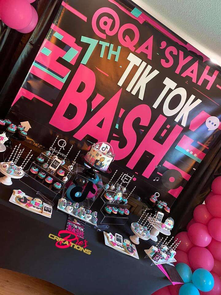 Tiktok Inspired Theme Birthday Party Ideas Photo 3 Of 27 Queen Birthday Party Birthday Party Design Birthday Party For Teens