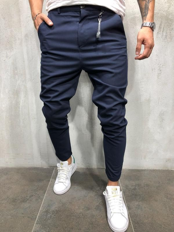 7203f08e6fd7 Blue slim fit Ripped   destroyed jeans. show-stopper. -97% Cotton   3%  Elastan -Zipper Fly -SLIM FIT