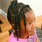 Coiffure pour petites filles | Tresses Africaines Montréal | Afro Coiffures : 25 idées de tresses pour petite fille Photo coiffure tresse africaine petite fille petites filles radieuses, des nattes...