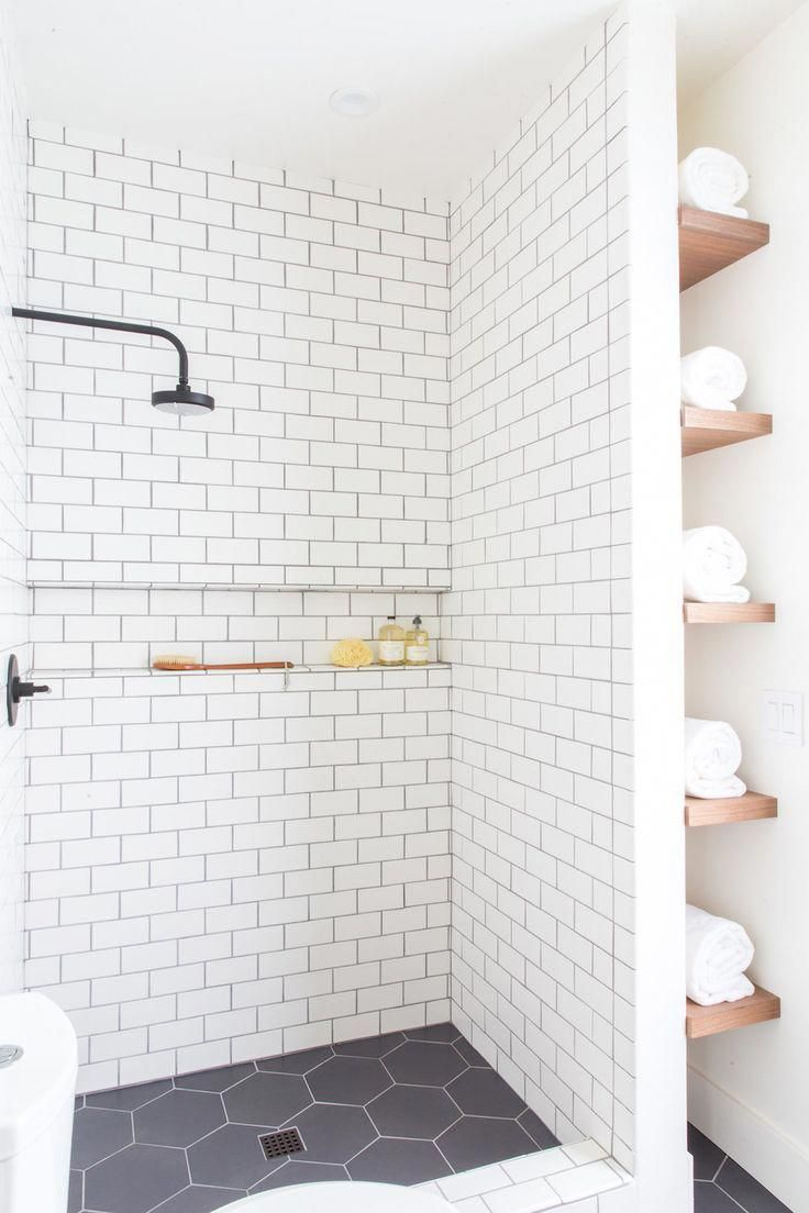 Bathroom Design Dark Floor Light Walls Designbathroomcabinetswithlights Small Bathroom Remodel Farmhouse Shower Bathrooms Remodel