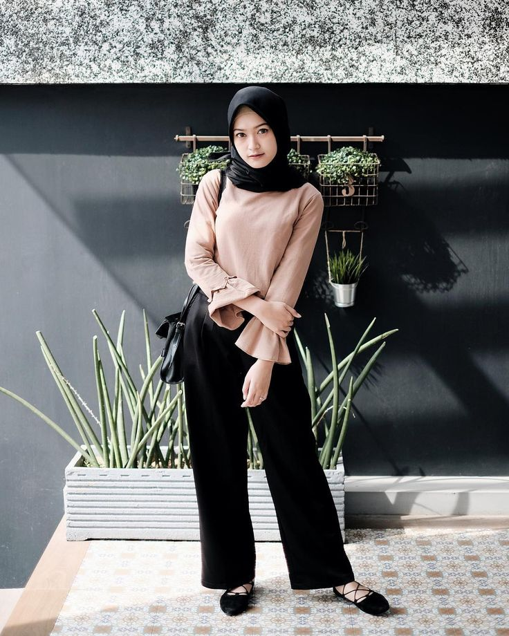 "5,812 Likes, 22 Comments - Sari Endah Pratiwi (@saritiw) on Instagram: ""Comfy culotte from @tifshouse """