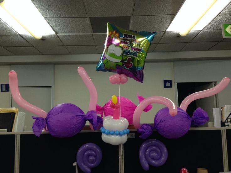 Idea para decoraci n de cumplea os en la oficina globos - Decoracion para cumpleano ...