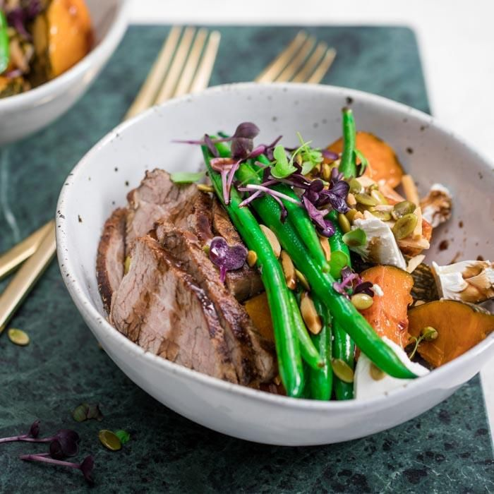Youfoodz | Clean Balsamic Beef $9.95 | Tuck into tender sliced tri-tip served with garden-fresh green beans, roast pumpkin, crumbled feta, a slick balsamic glaze, and pumpkin seeds for a dose of magnesium, protein, & zinc | #Youfoodz #HomeDelivery #YoullNeverEatFrozenAgain