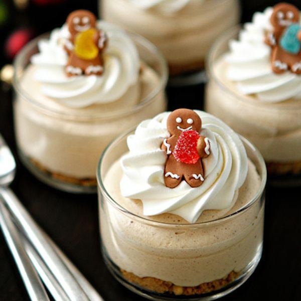 Gingerbread Oreo No Bake Mini Cheesecakes