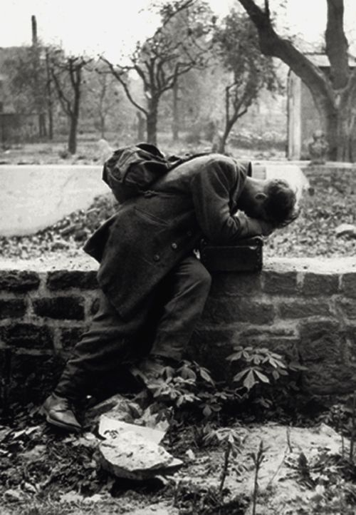 914 best atrocities wwii images on pinterest world war two wwii a german soldier returns home only to find his family no longer there frankfurt 1946 photo by tony vaccaro find this pin and more on atrocities wwii publicscrutiny Images
