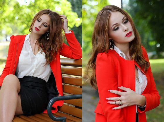 Zara Coat, H&M Blouse, Zara Leatherskirt, Bik Bok Earrings, Bik Bok Ring