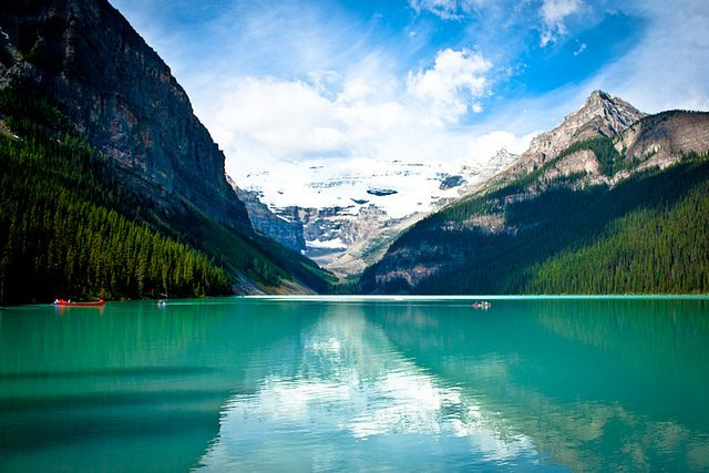 Lake Louise (Banff National Park) by Dani Robles, via Flickr