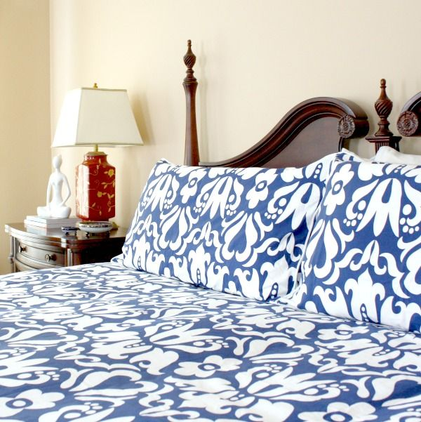 Bright And Bold Guest Bedroom: 17 Best Images About As Seen In...Bedroom Inspiration And