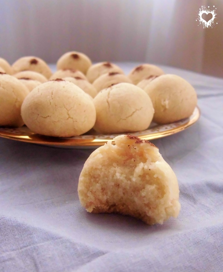 Ghribia - Algerian sugar cookies. These are my favourite! I remember my mom making them!