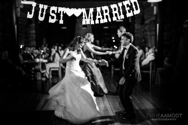 Bryllup i Molde⎟Gildehallen⎟Hanne Sofie & Øyvind | Terje Aamodt Photography