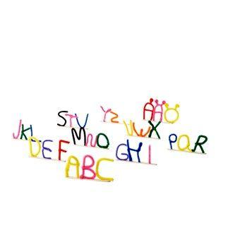 Alfabet i piprensare