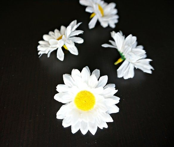 How to make your own easy Faux Flower Hair Tie   A DIY by The Makeup Dummy