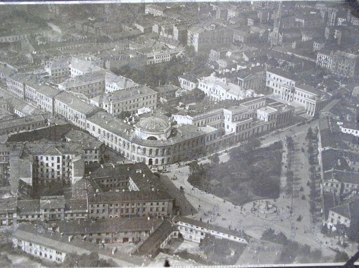 Plac Bankowy z lotu ptaka w dwudziestoleciu międzywojennym