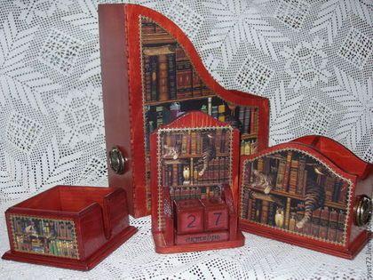 Набор для кабинета - бордовый,карандашница,журнальница,короб для бумаг