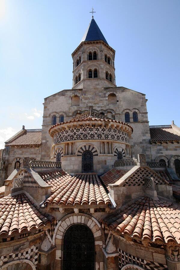Clermont Ferrand ~ Auvergne  ~ France  ~ Basilique Notre-Dame-du-Port