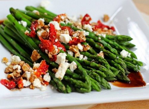 Balsamic asparagus with feta cheese, sundried tomatoes and toasted walnuts