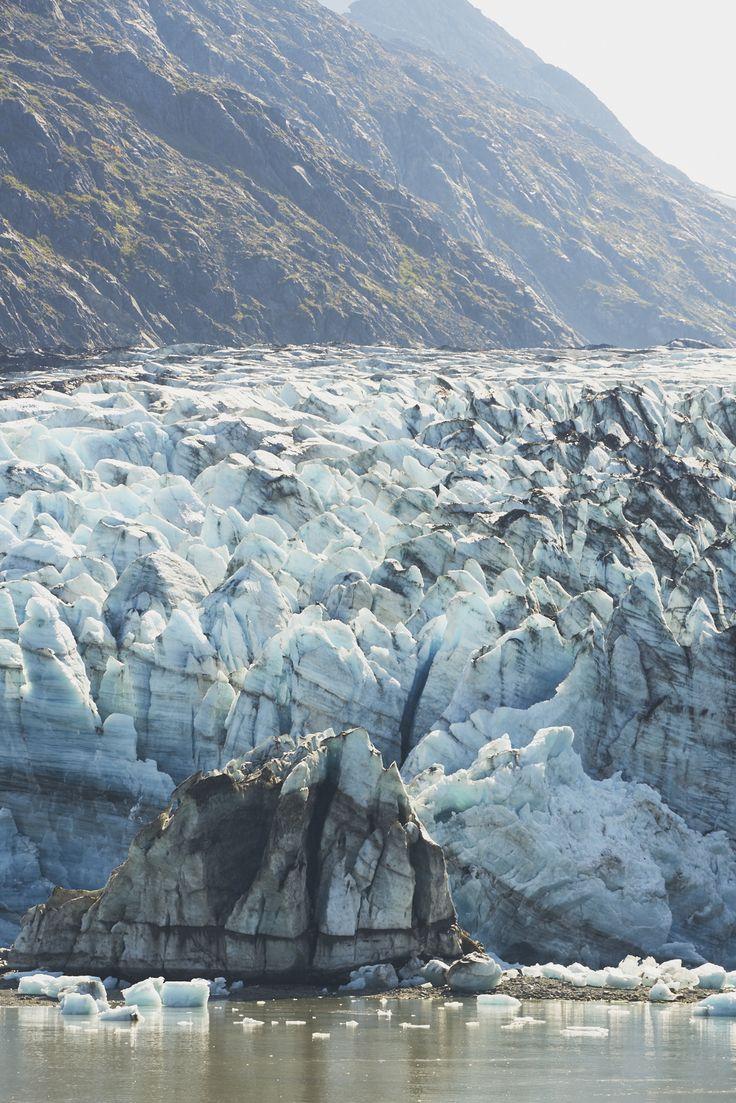 Tips for an Alaska Cruise / Lamplugh Glacier, Alaskan Cruise / See and Savour #comebacknew