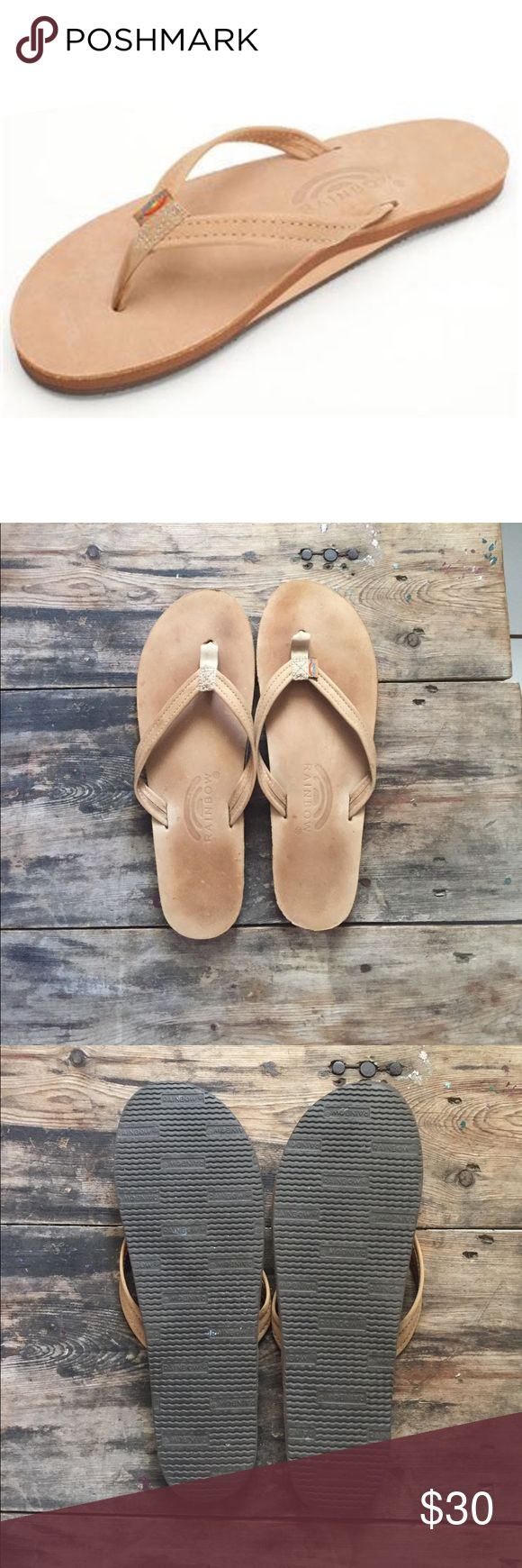 Rainbow sandals Great condition!! Only worn once. Very faint foot print. Tan. Size large 7.5-8.5 Rainbow Shoes Sandals