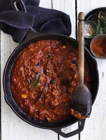 Rich and delicious, this is a great standby simple pasta sauce.